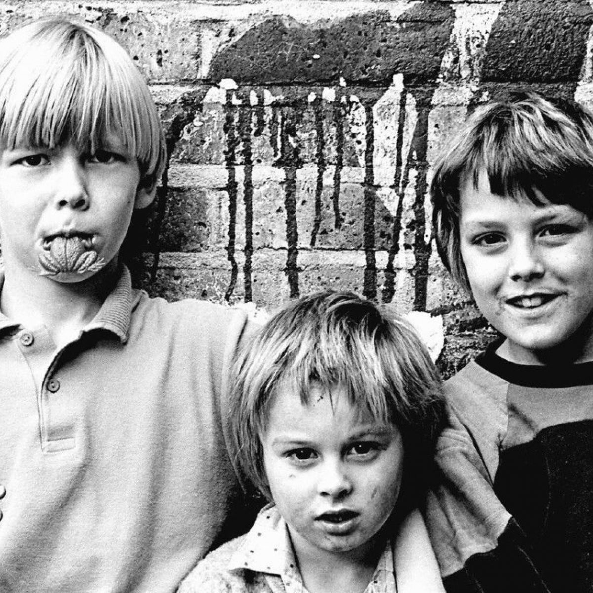 Kids in Hoxton, 1980s. Photo © Wayne Waterson.